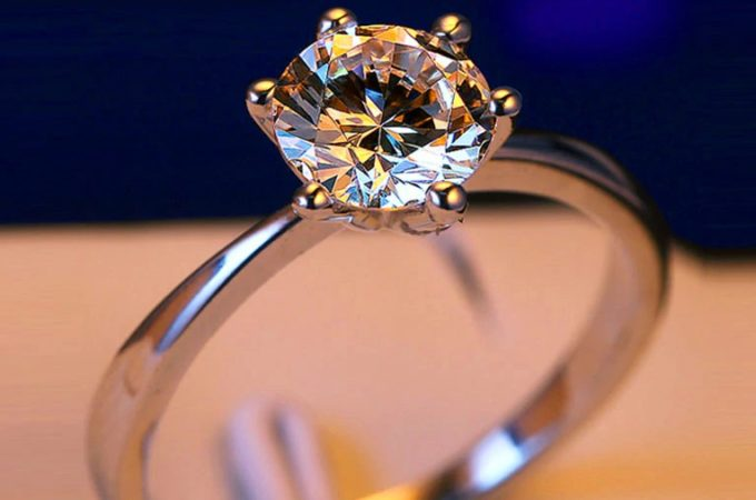 What are the benefits of purchasing lab-grown diamonds?