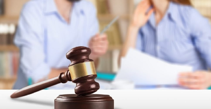 How to choose the best divorce lawyer in Singapore