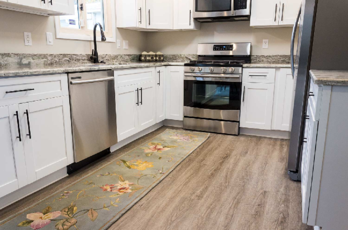 Hybrid Flooring – What Are Its Pros and Cons